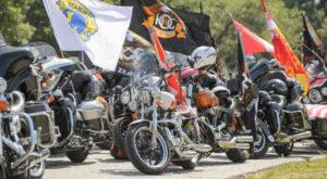 Harley Davidson in parata tra Riccione e Rimini