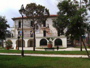 La Carim dà l'addio a due preziosi immobili: Villa Mussolini e Villa Mattioli in vendita
