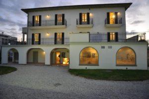 Riccione, Villa Mussolini: il 1 maggio pic nic, letture, mostre e bollicine