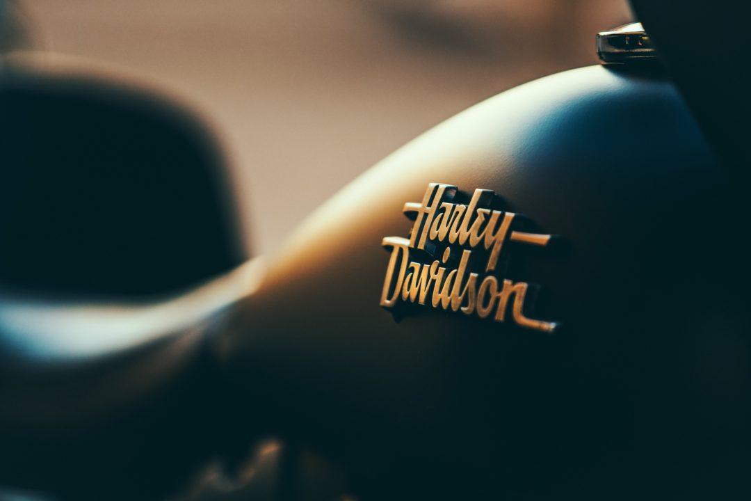 La carica delle Harley-Davidson apre gli eventi dell'estate riccionese