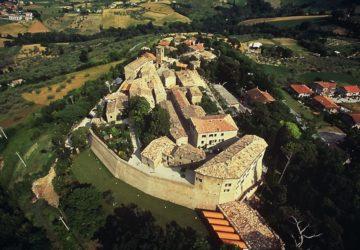 http://www.riccione.se/blog/pro-loco-montegridolfo-associazione-per-la-promozione-e-sviluppo-del-comune-di-montegridolfo/