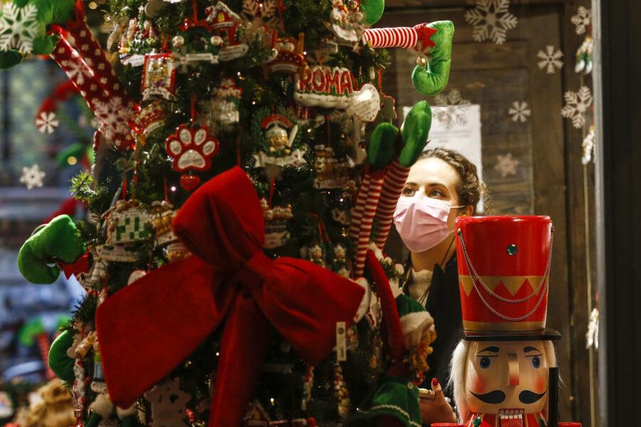Dpcm di Natale: vietati spostamenti Comuni, coprifuoco e seconde case